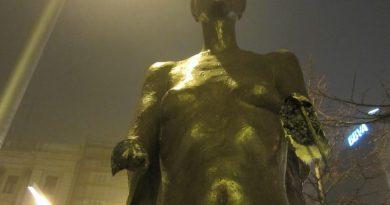 ascaso estatua vandalizada
